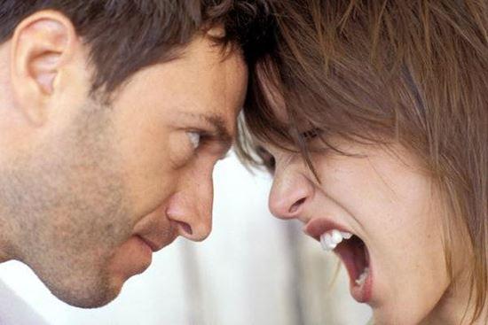 صورة العناد عند الزوجين ..